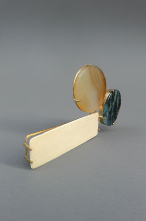 "<span class=""prodinfo"">next to  brooch 2007<br />